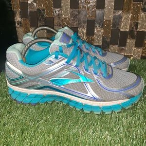Brooks GTS 16 edition